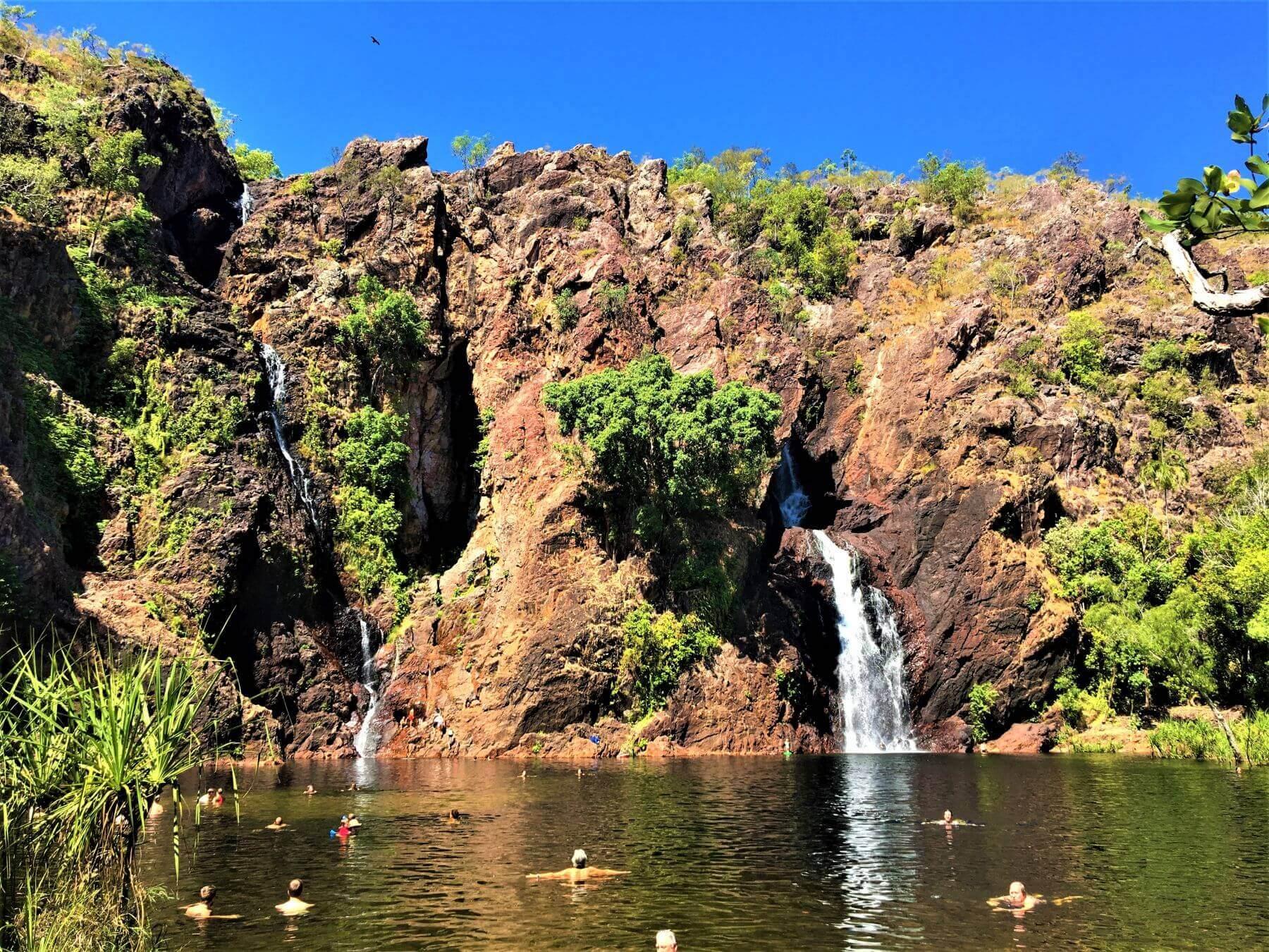 Schöner Wasserfall im Litchfield National Park - Wangi Falls