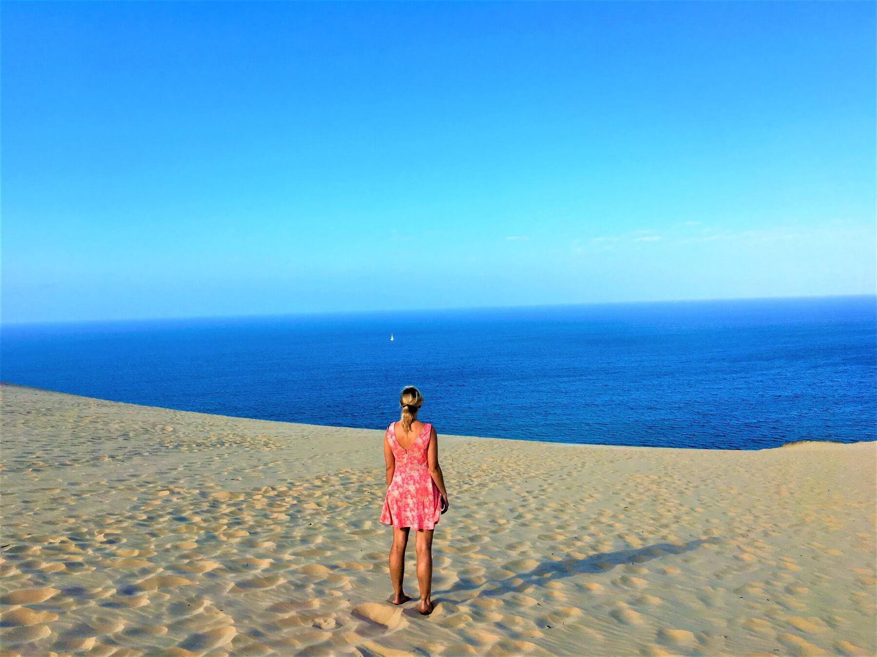 Sanddüne bei Rainbow Beach in Australien