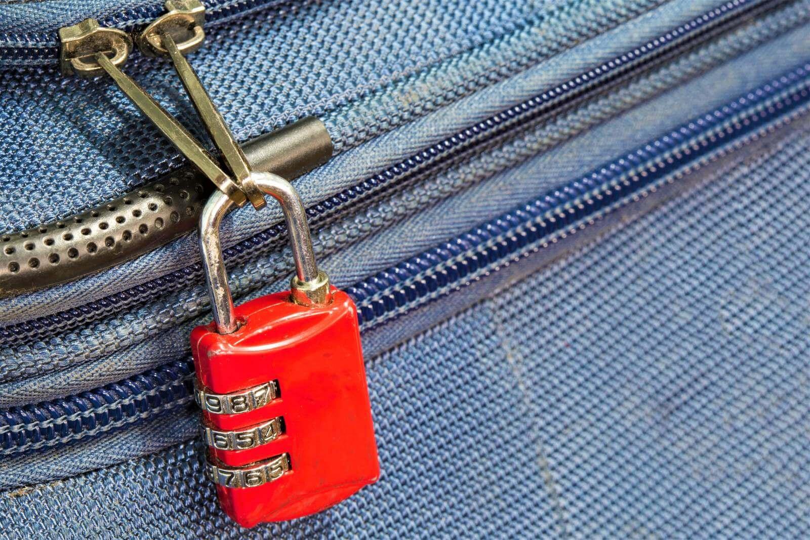 Sicherheit auf Reisen - Gepaeckschloss