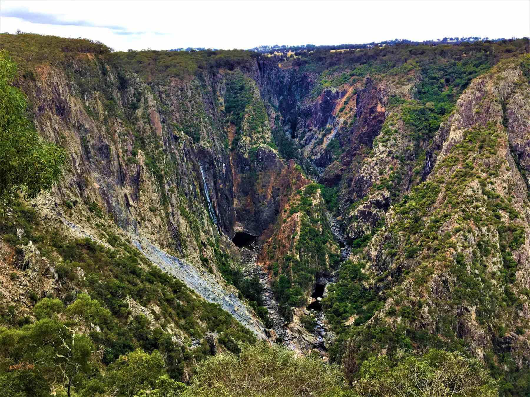 Wasserfall in Australien - Wollomombi Falls